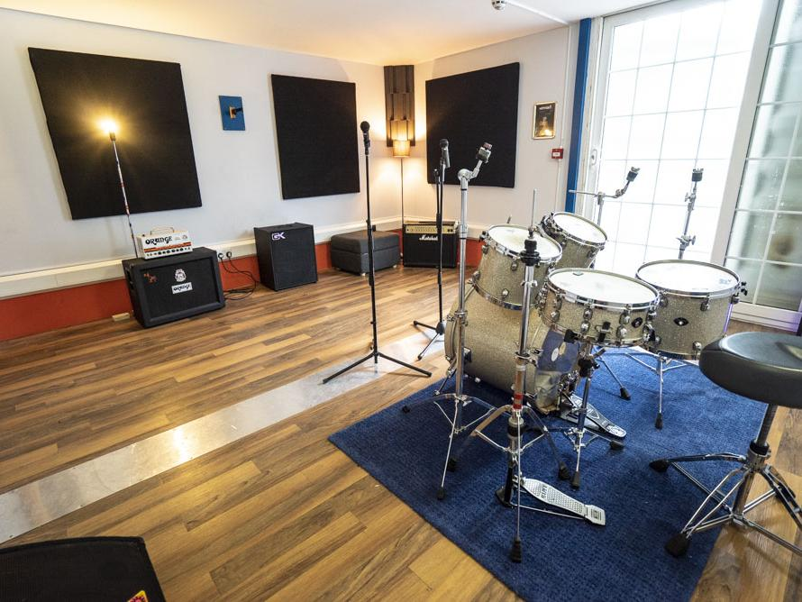 Cargo Rooms | Rehearsal Booker | Find Music Studios