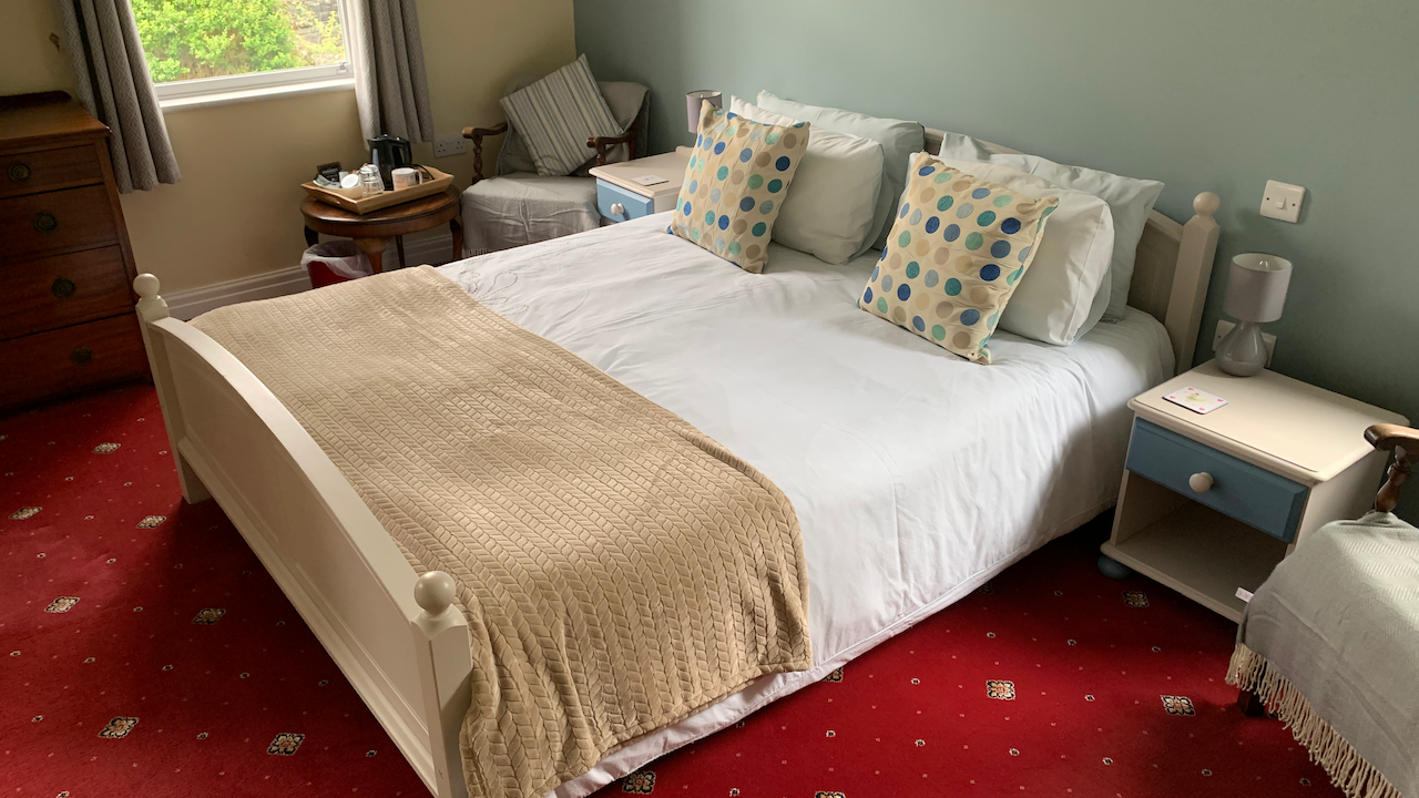 Large King sized bed