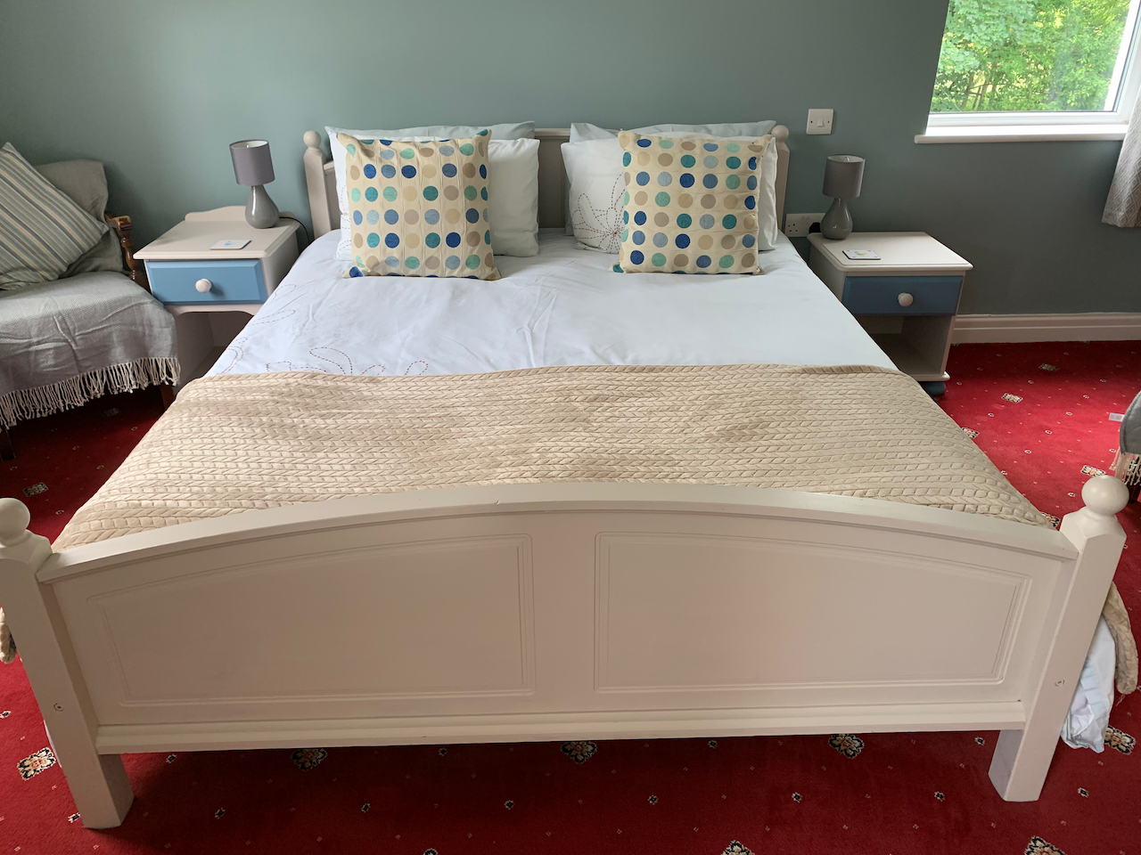 Comfortable king sized bed