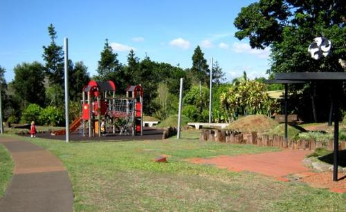 Hallorans hill lookout park playground