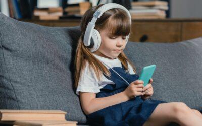 Você conhece os benefícios dos audiolivros infantis?