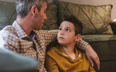 A conversa entre pais e filhos no mundo real é necessária