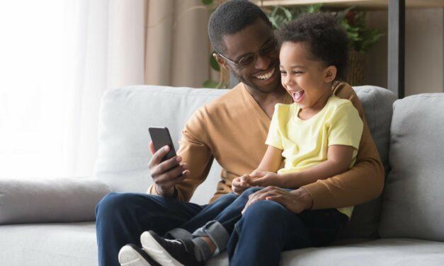 Como utilizar o controle parental do PlayKids App?