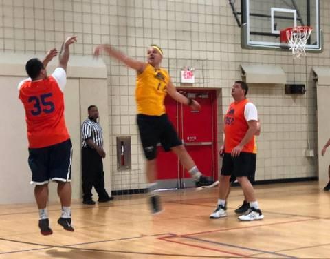 MEN 21+ Basketball League