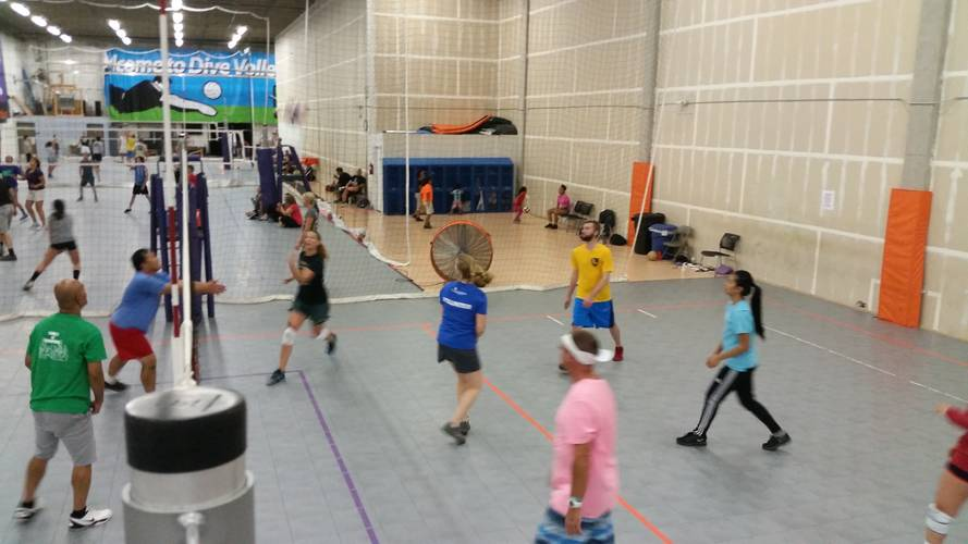 Session 5 '18 - Denver Tuesday Recreational Volleyball Coed 6's