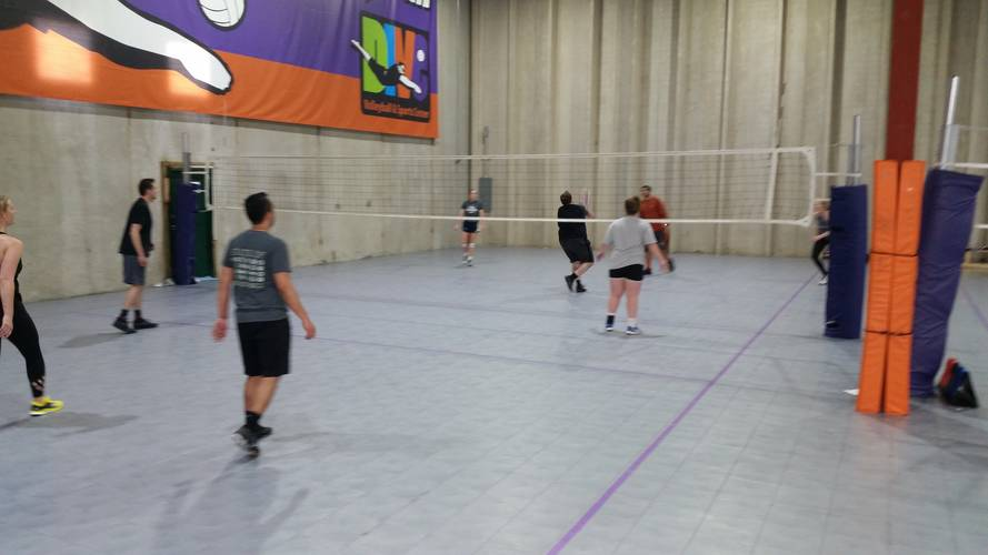 Session 5 '18 - Denver Wednesday Interm./Advanced Volleyball Coed 4's