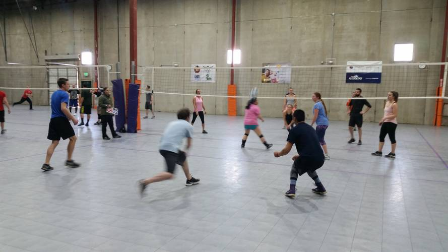 Session 1 '20 - Denver Wednesday Interm. / Advanced Volleyball Coed 4's