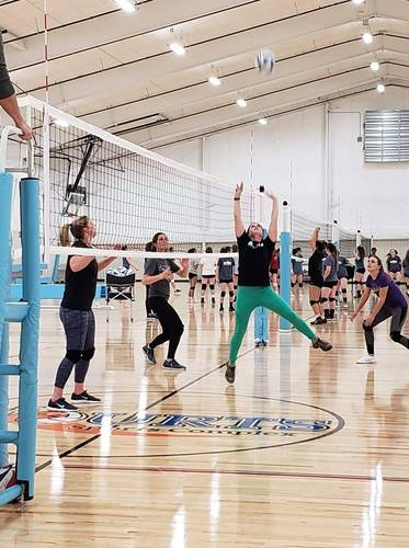 Session 3 '20 - Northglenn Tuesday Recreational Volleyball Coed 6's