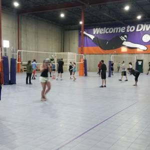 Session 6 '20 - Denver Thursday Volleyball Coed Recreational 6's