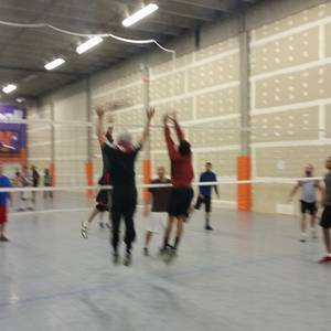 Tues Dive Intermediate 4s - Indoor Hard Court Volleyball - Denver