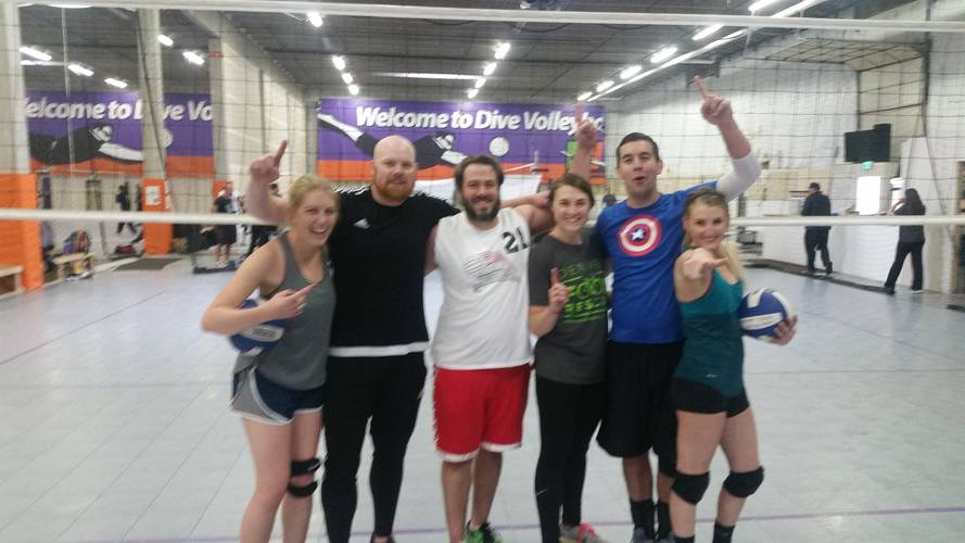 Holiday League - Denver Tuesday Competitive Indoor Volleyball Coed 6's