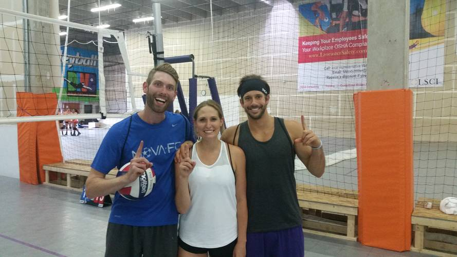 Holiday League - Denver Wednesday Int/Adv Indoor Volleyball Coed 4's