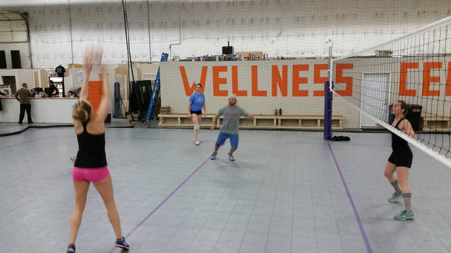 Session 1 '18 - Denver Wednesday Intermediate Volleyball Coed 6's