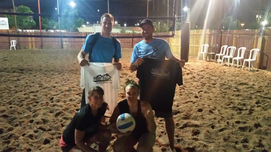 Session 3 '18 - Monday Sand Women's 4's Volleyball League at Dive