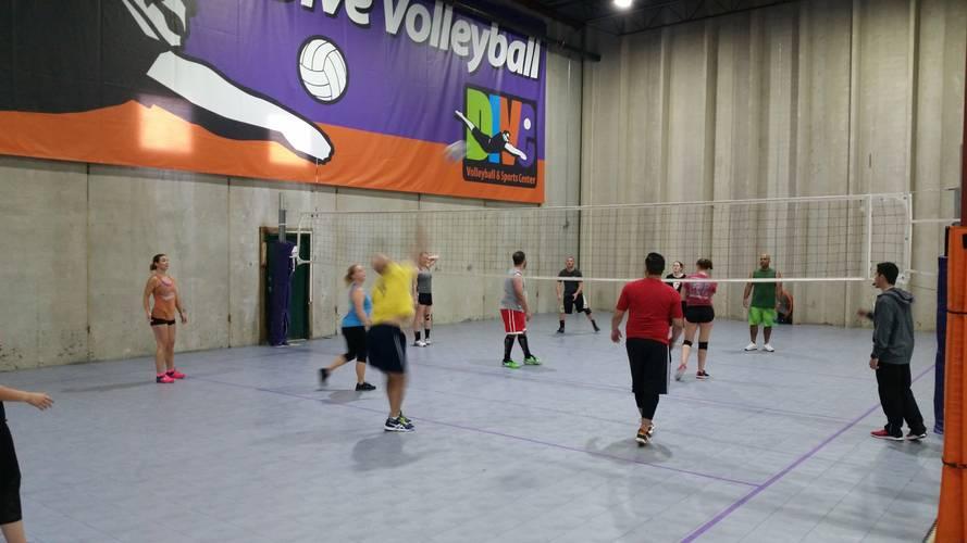Session 3 '18 - Denver Wednesday Intermediate Volleyball Women's 6's