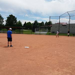 Session 4 '18 - Sundays Downtown Denver Coed Recreational Softball