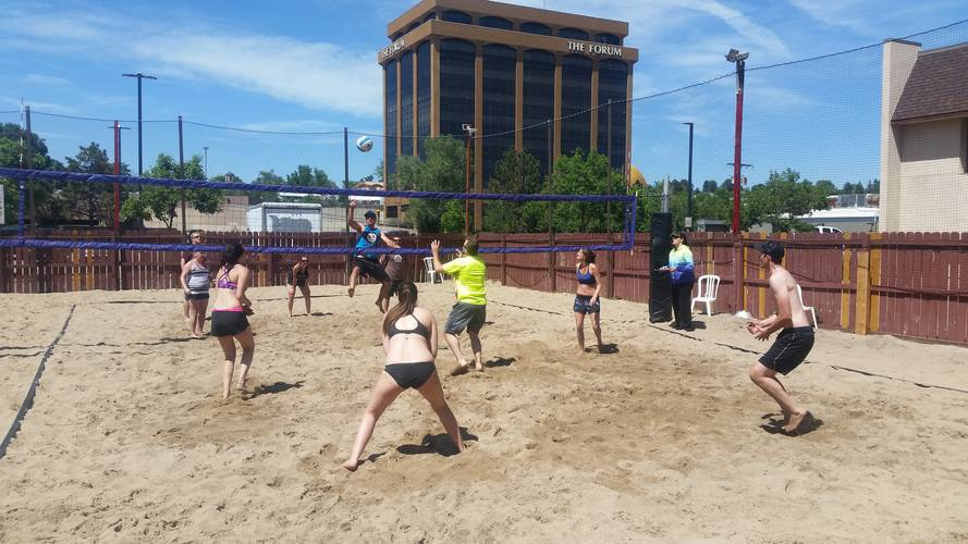 Session 4 '18 - Wednesday Sand Coed 6's Volleyball League at EP