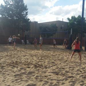 Session 4 '18 - Monday Coed 4's Volleyball League at Indian Hills