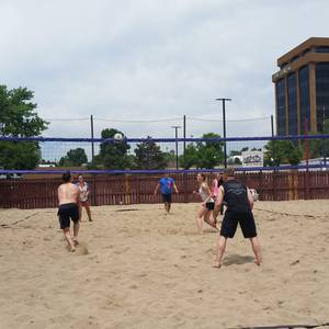 Session 4 '18 - Monday Sand Coed 4's Volleyball League at Dive