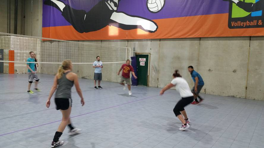 Session 4 '18 - Denver Wednesday Intermediate Volleyball Coed 6's