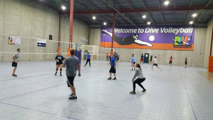 Session 4 '20 - Wednesday Intermediate Coed 6's Volleyball