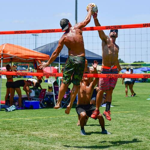 Session 4 '21 - Thursday Coed 4's Volleyball at Creekside Park