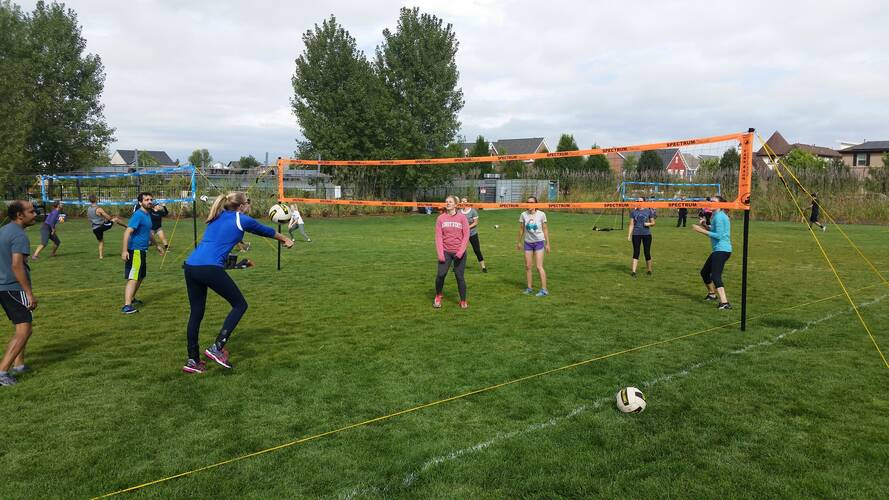 Session 5 '21 - Thursday Coed 6's Volleyball at Creekside Park