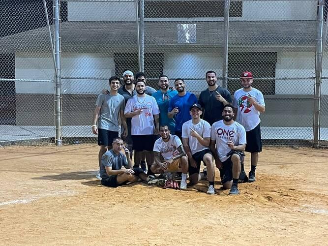 La perrera 8 team league