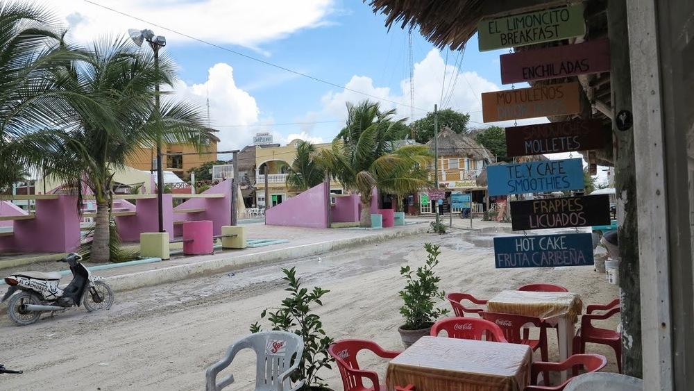 Isla Holbox : une île mexicaine où aucune voiture ne passe et où les maisons sont très colorées (Stephanie from France)