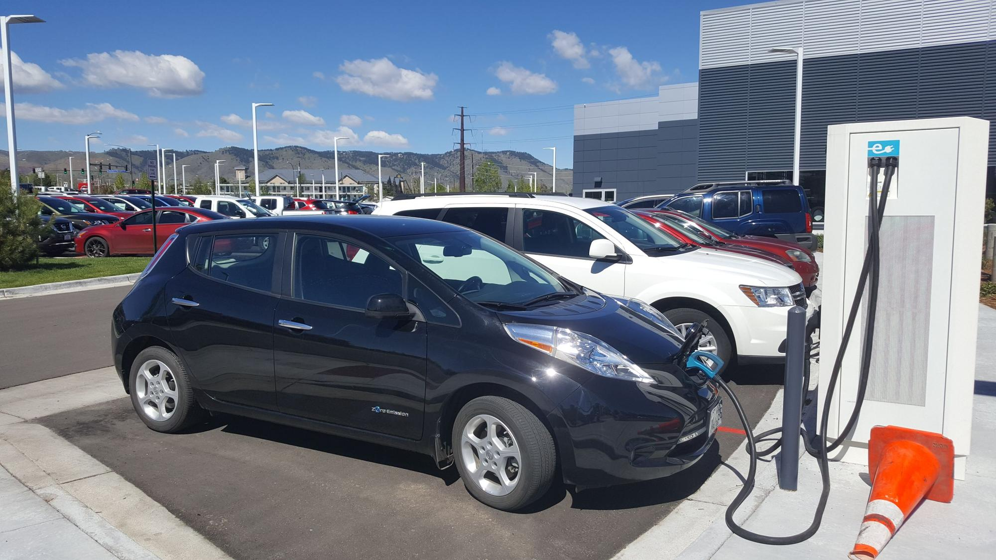 Empire Lakewood Nissan - DC Fast Electric Car Charging - 202 Check