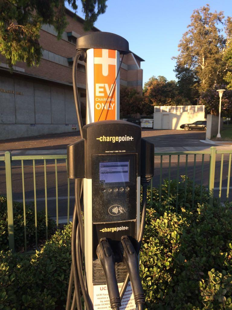 UC Riverside - Parking Lot 1 - Electric Car Charging - 18 Check-ins ...