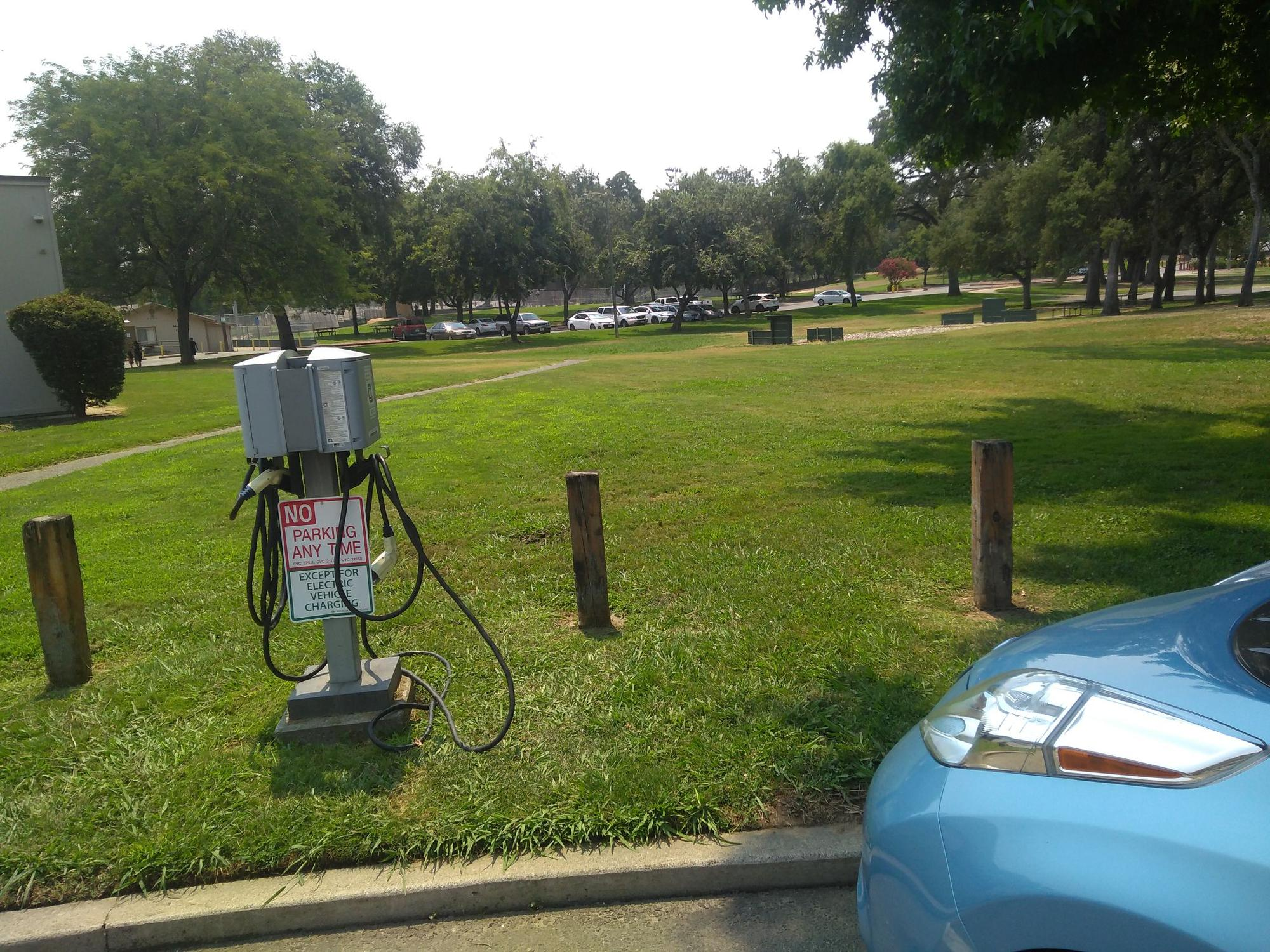 Fair Oaks Community Library Free Electric Car Charging 132 Check
