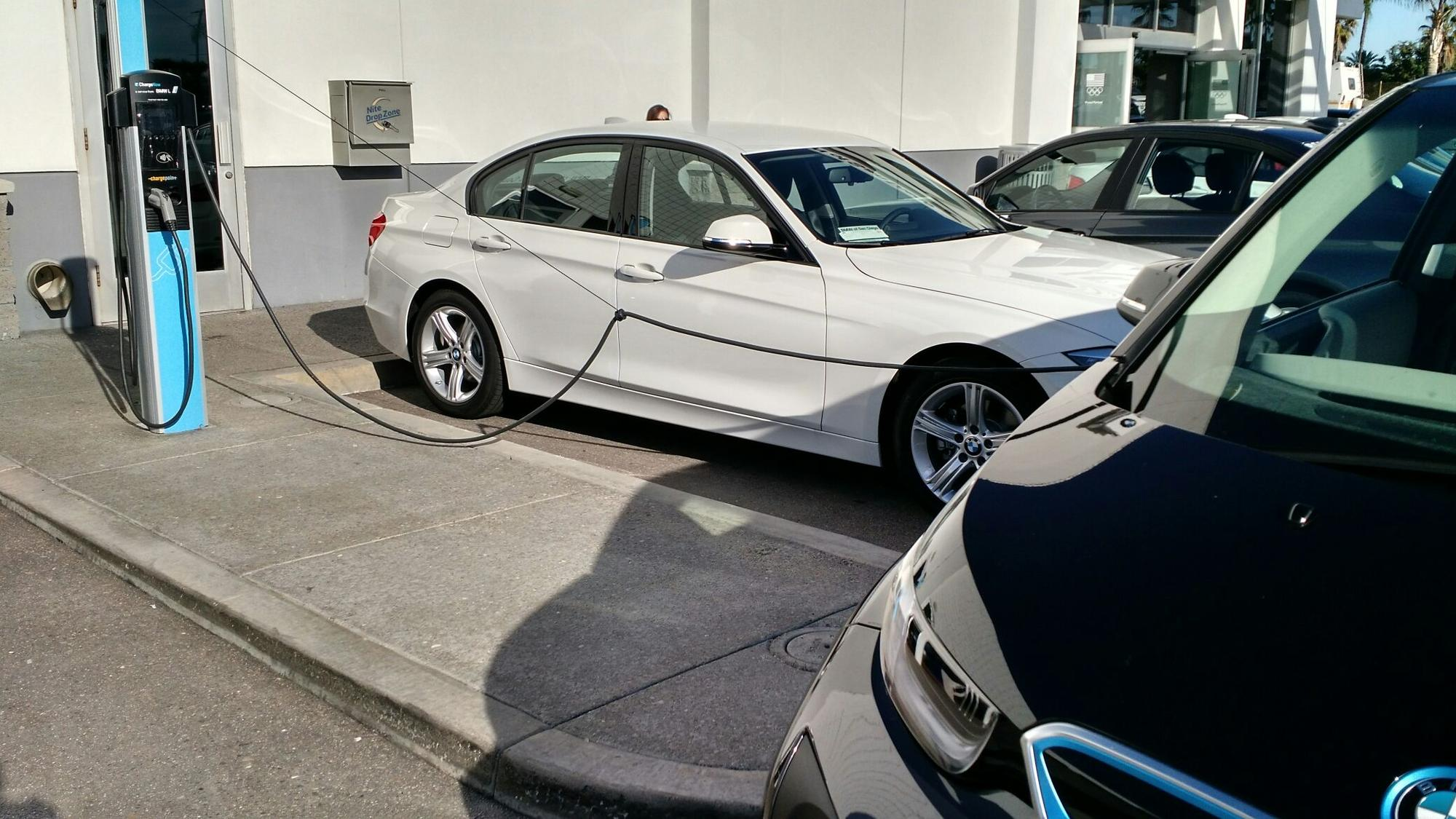 Bmw Of San Diego Free Electric Car Charging 8 Check Ins 2 Photos