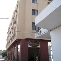 Crop 200 hotel crowded house eceabat