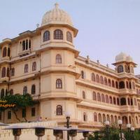 Crop 200 634924739388407712 dd4fa922 8 city palace udaipur