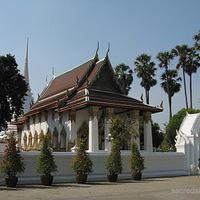 Crop 200 wat suwan dararam ayutthaya viharn chedi