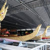 Crop 200 royal barges