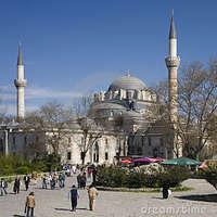 Crop 200 istanbul beyazit mosque turkey 17683103
