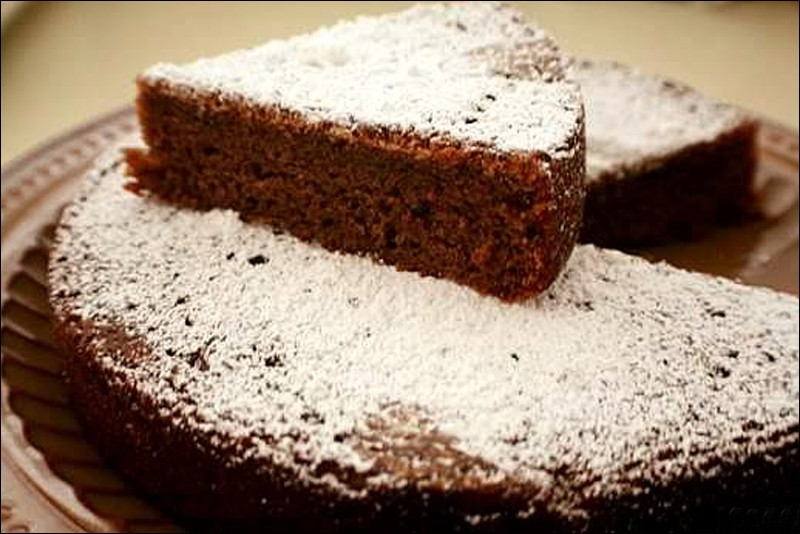 STRAWBERRY & AND COCONUT CHOCOLATE CAKE
