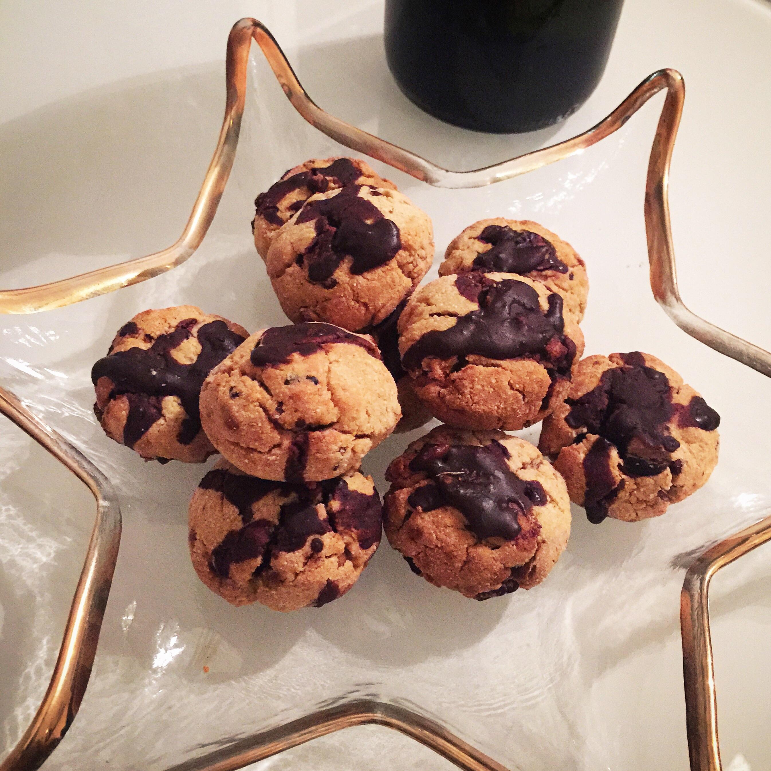 Coconut flour, fig & cardamom cookies