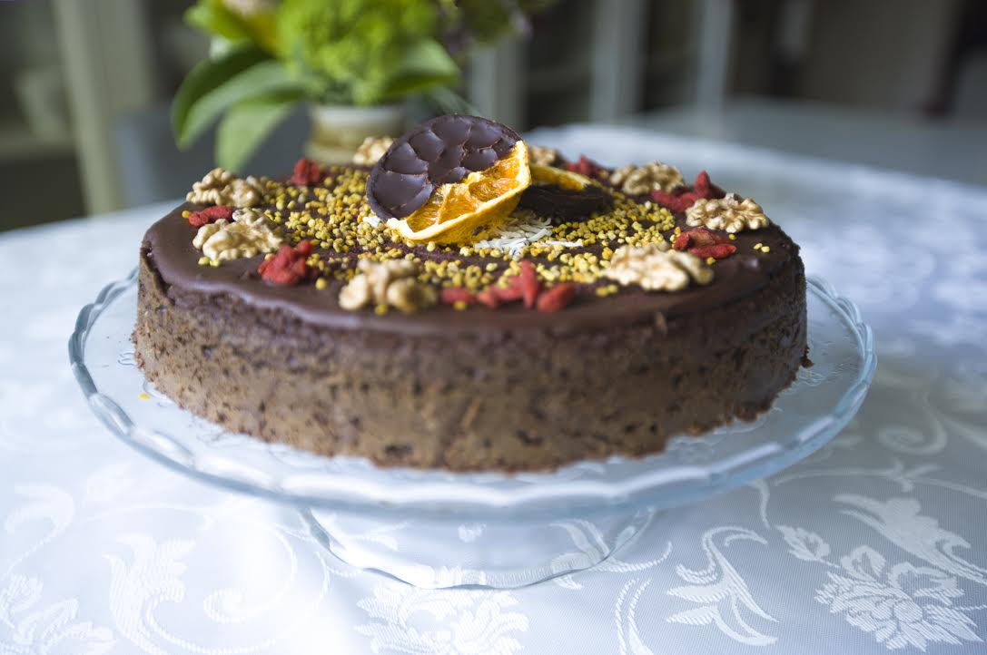 Easy and Delicious Quinoa Chocolate Cake (Gwen's favourite :))