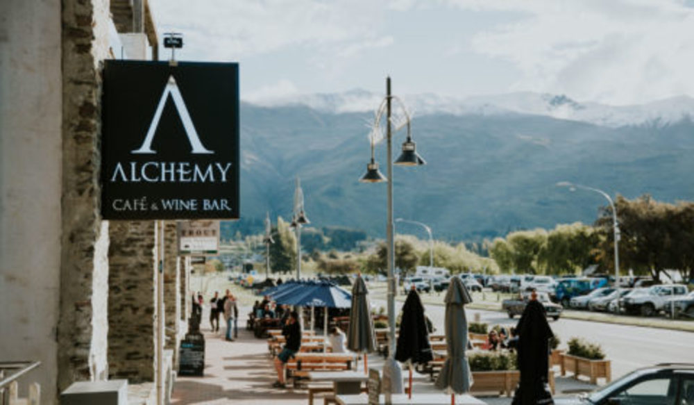 Alchemy Wanaka - Cafe and Wine Bar with the view