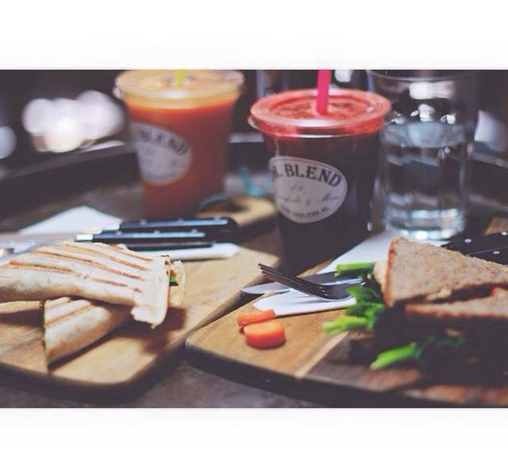 All organic juices, salads and smoothies