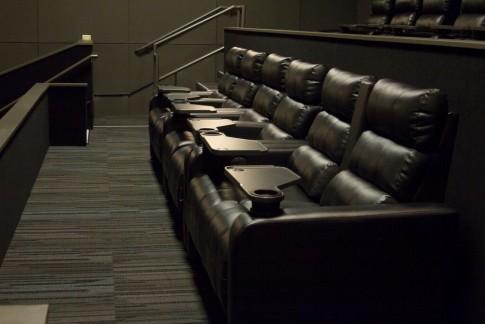 Cinemark Raleigh Grande Consulta horarios y compra tus boletos en www.cinemarkca.com. cinemark raleigh grande