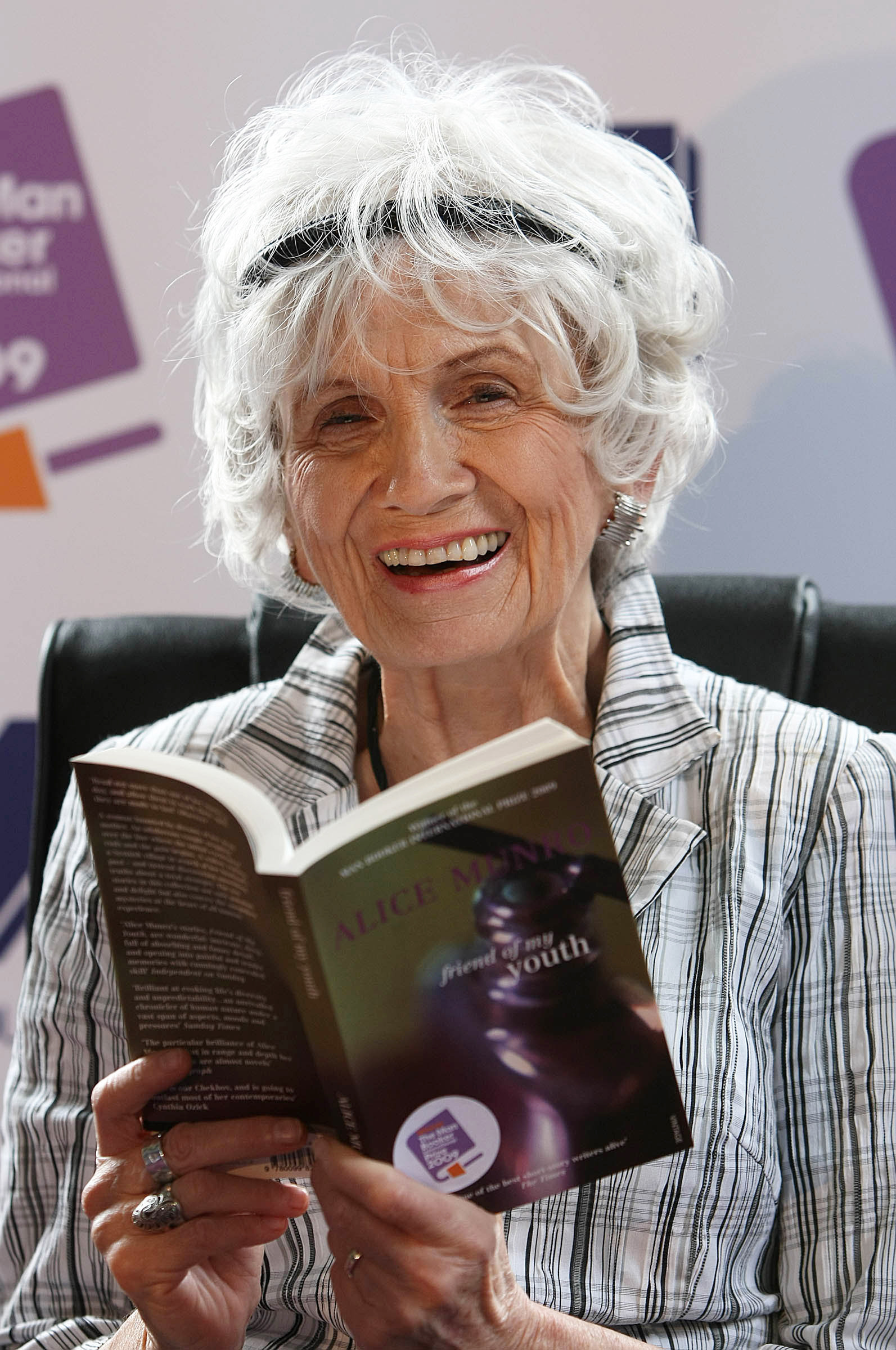 boys and girls alice munro Boys and girls by alice munro - summaryin boys and girls by alice munro, the narrator as a woman who is telling the first person point of view of when she was a girl.