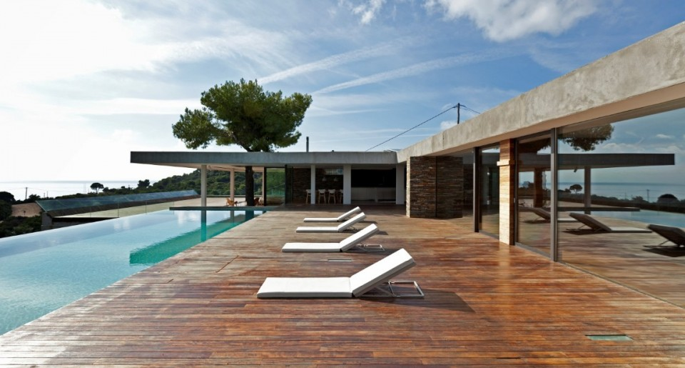 Instyle villas angellist for Villa minimal