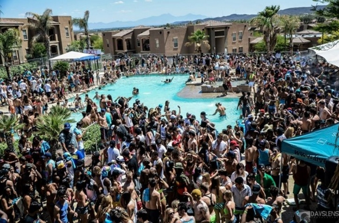 Top 10 party schools in america as told by whatsgoodly for Garden state pool scene quote