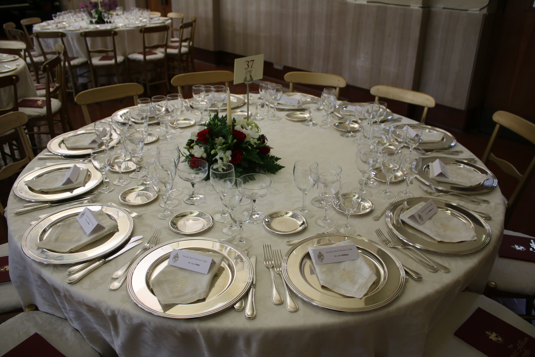 A typical place setting, ready to serve the hundreds of guests, supporters, friends, and benefactors of the College for the special night.