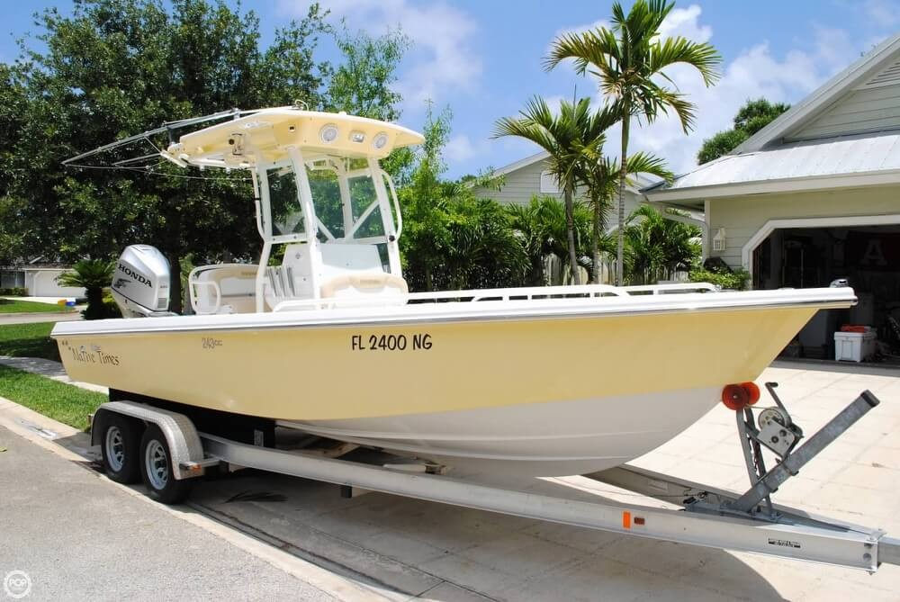 Award-Winning Design Sets Everglades Boats Apart