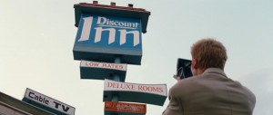 Discount inn in los angeles memento movies at popturf for Tattoo shops in alexandria mn